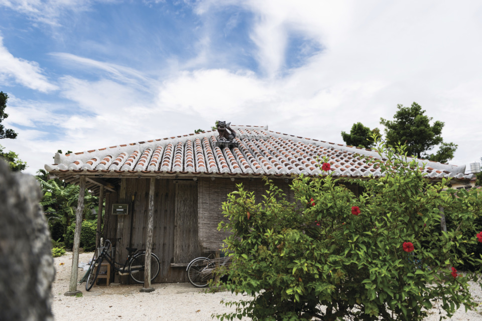 吉本ばなな『なんくるない』 を片手に巡る沖縄旅 - 観光旅行メディア|まっぷるトラベルガイド
